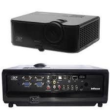 Hyr projektor och duk Portabel projektor infocus in2136 uthyres